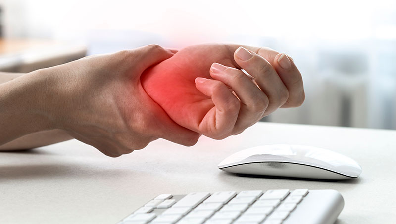 Wrist pain after typing