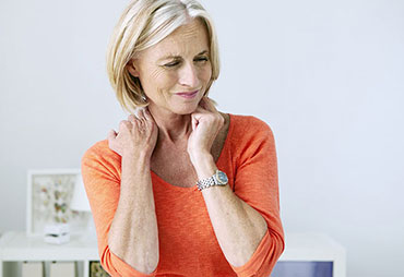 Patient experiencing neck pain and in need of chiropractic care