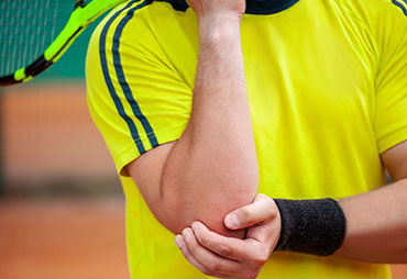 Chiropractic treatment for tennis elbow